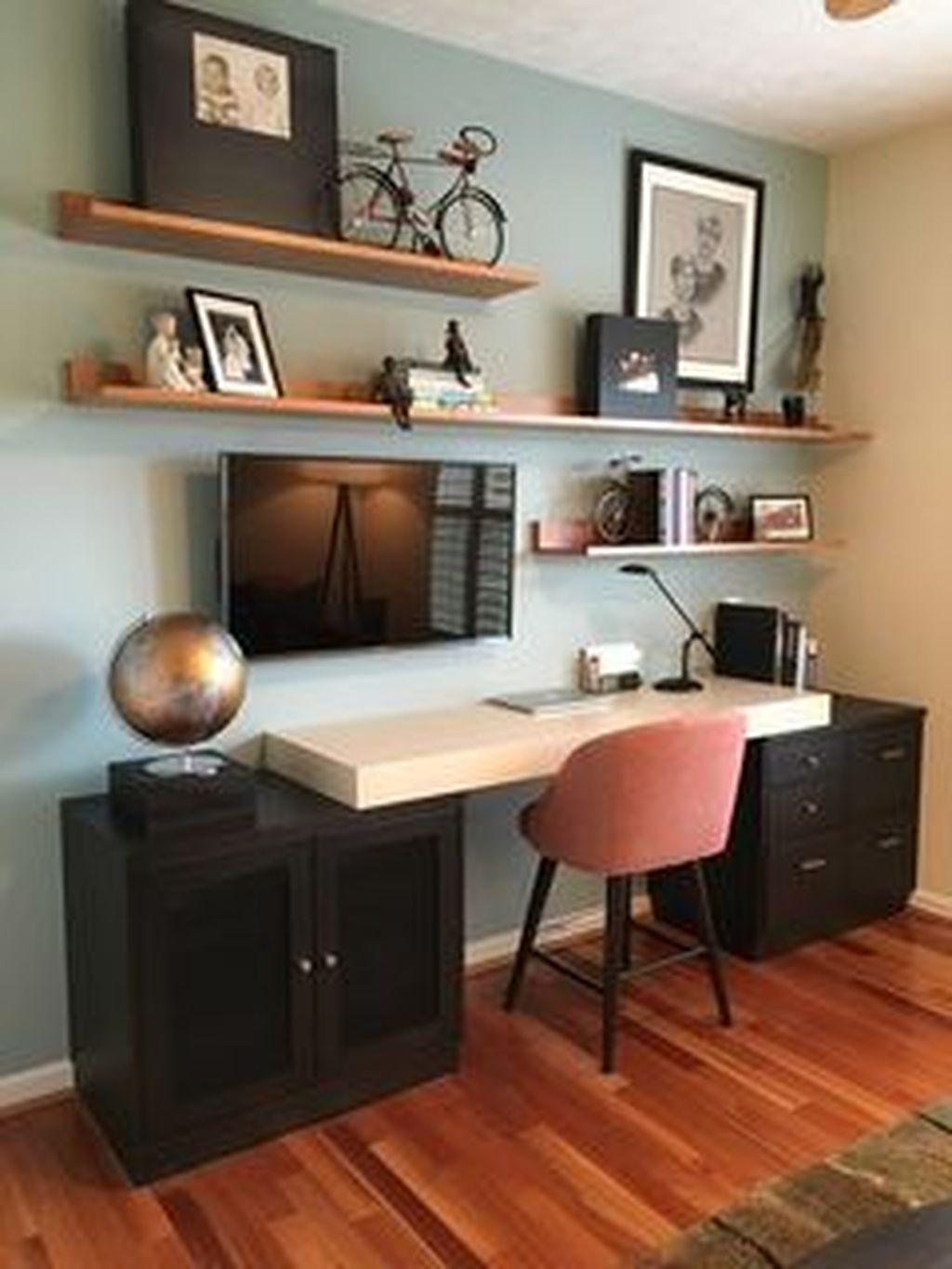 Inspiring Small Office Ideas For Small Space 13