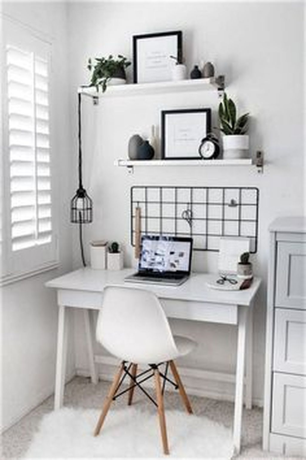 Inspiring Small Office Ideas For Small Space 16