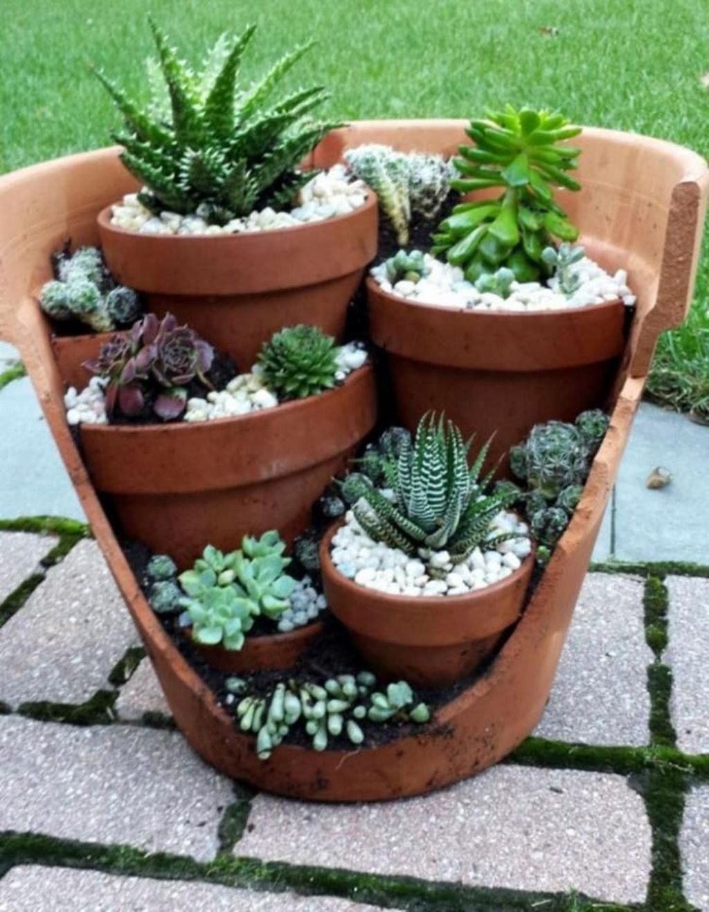 Lovely Home Garden Ideas That You Must Have 12