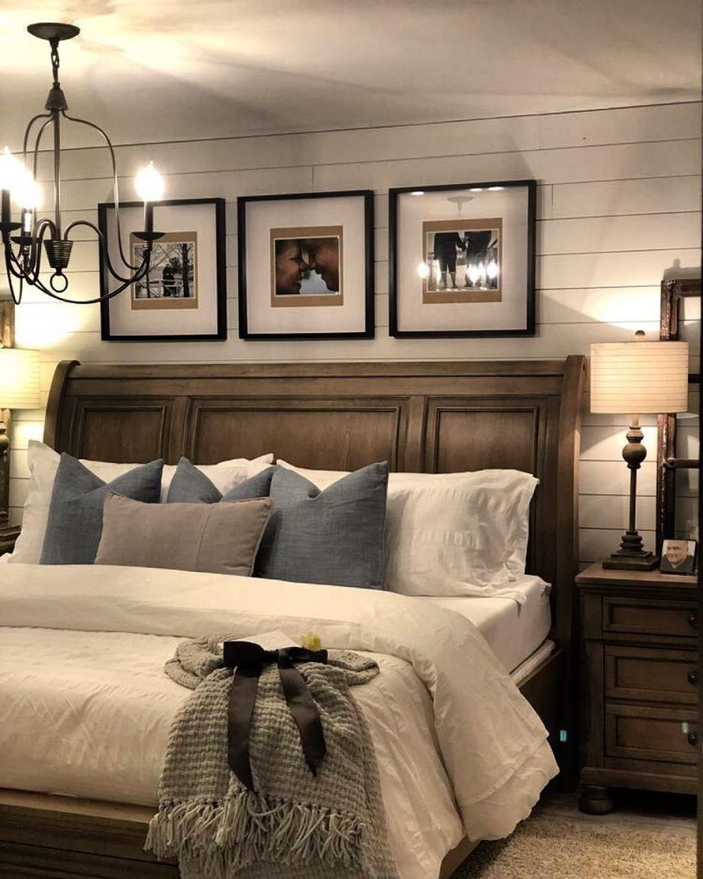 Lovely Rustic Bedroom Design Ideas 13
