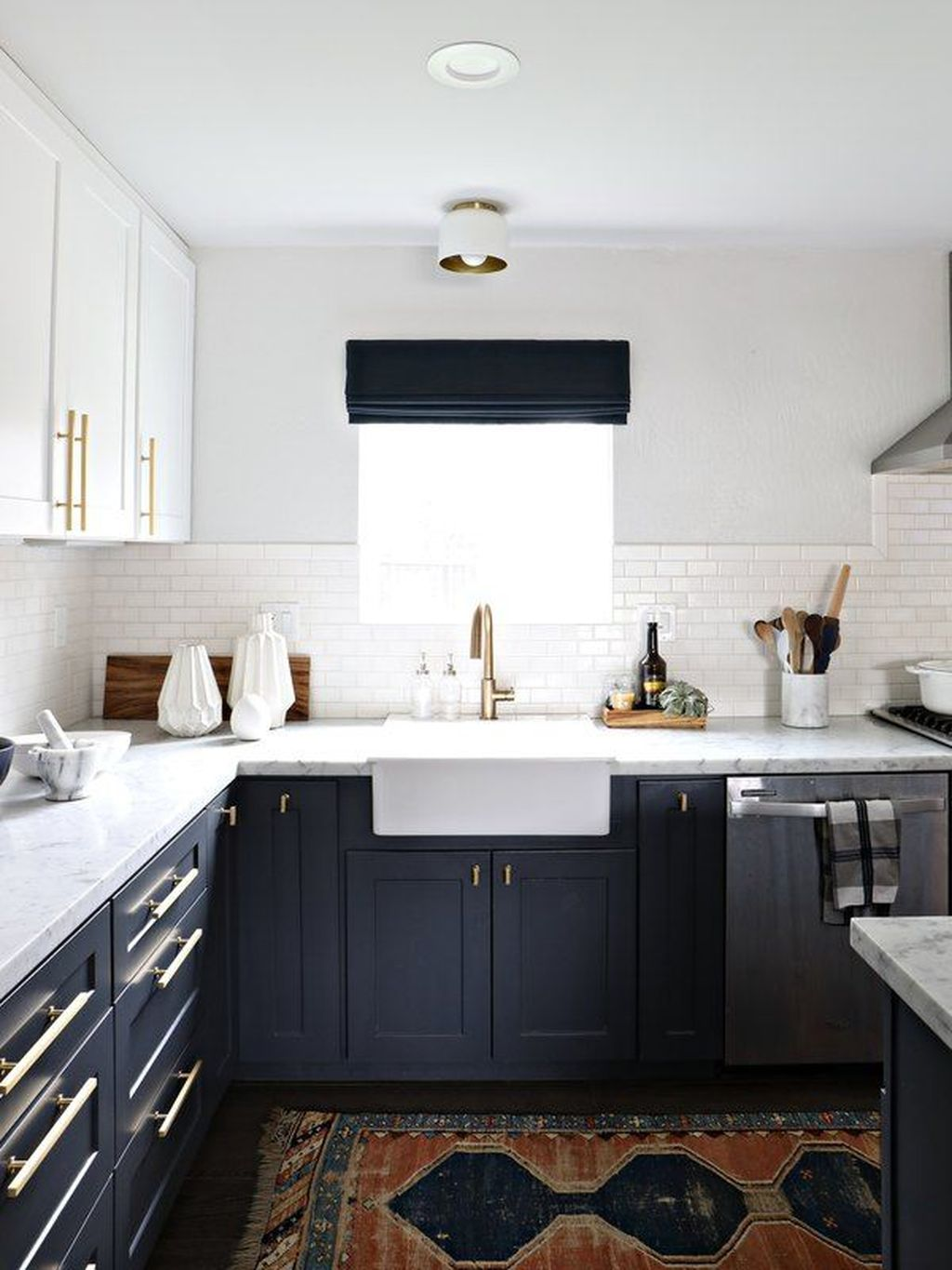 Nice Dark Blue Kitchen Cabinets With Luxurious Accent 06