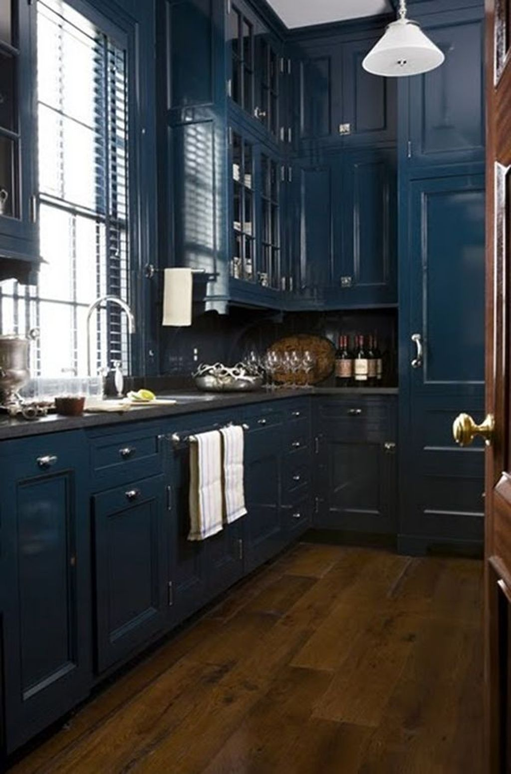 Nice Dark Blue Kitchen Cabinets With Luxurious Accent 07
