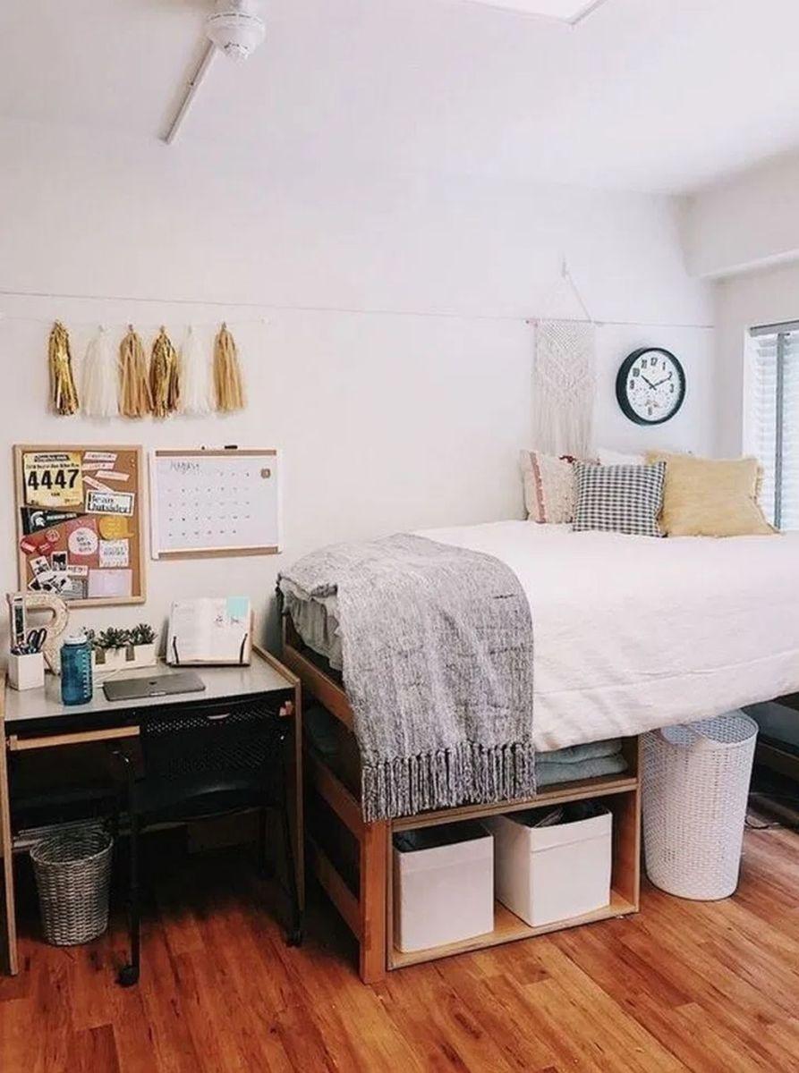 Nice Simple Dorm Room Decor You Should Copy 27