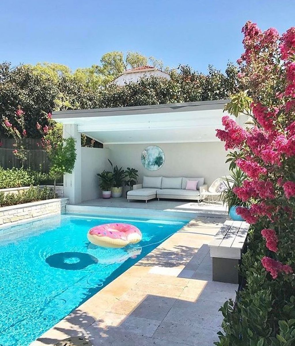 Stunning Backyard Pool Landscaping Ideas 14