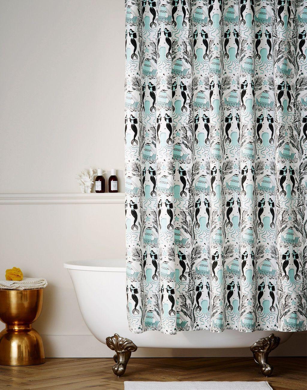 Affordable Coral Color Bathroom Decor Ideas 11
