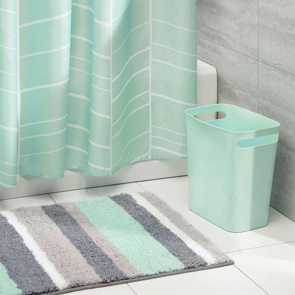 Affordable Coral Color Bathroom Decor Ideas 18