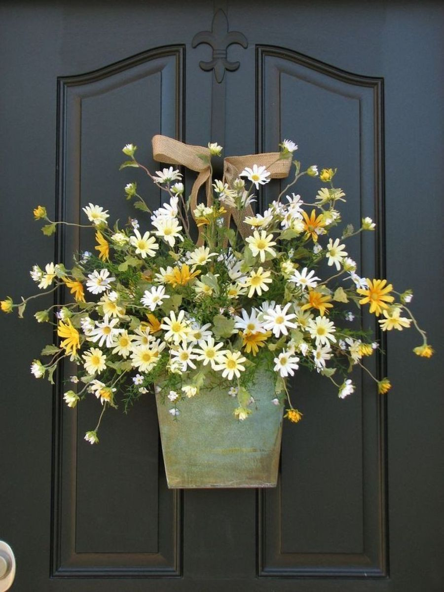 Awesome Spring Wreath Ideas For Front Door Decor 03