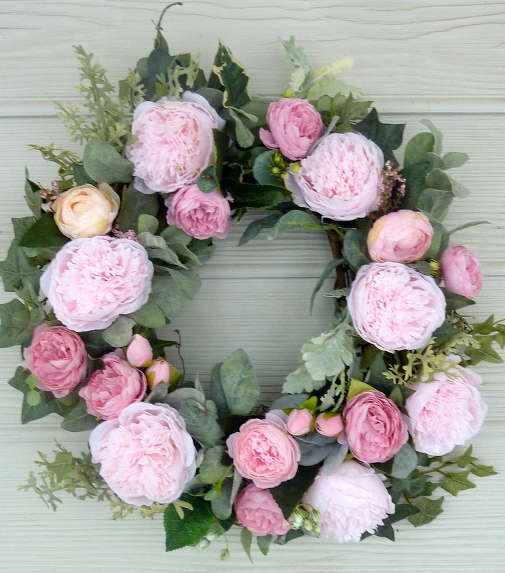 Awesome Spring Wreath Ideas For Front Door Decor 11