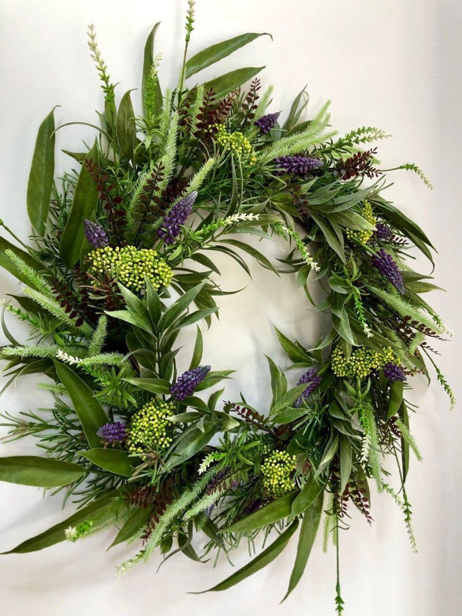 Awesome Spring Wreath Ideas For Front Door Decor 15