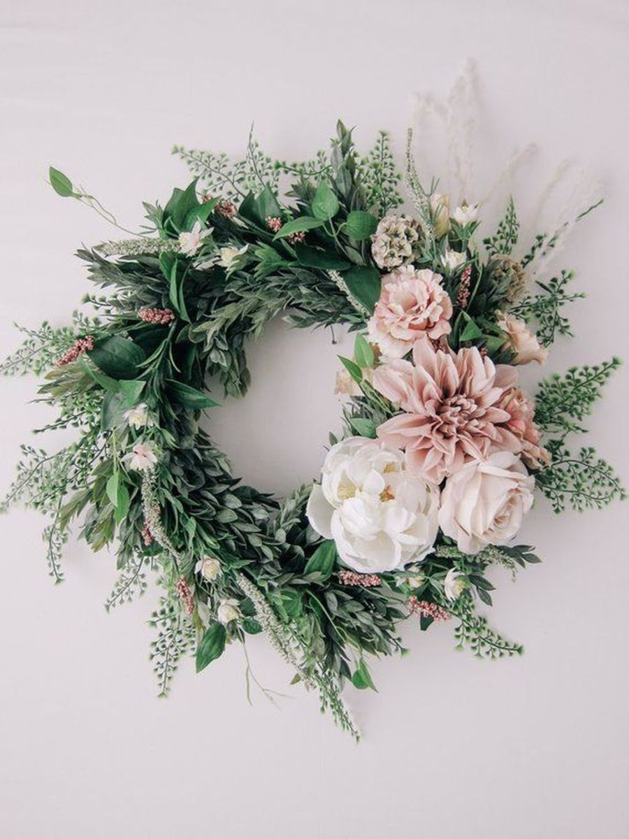 Awesome Spring Wreath Ideas For Front Door Decor 19