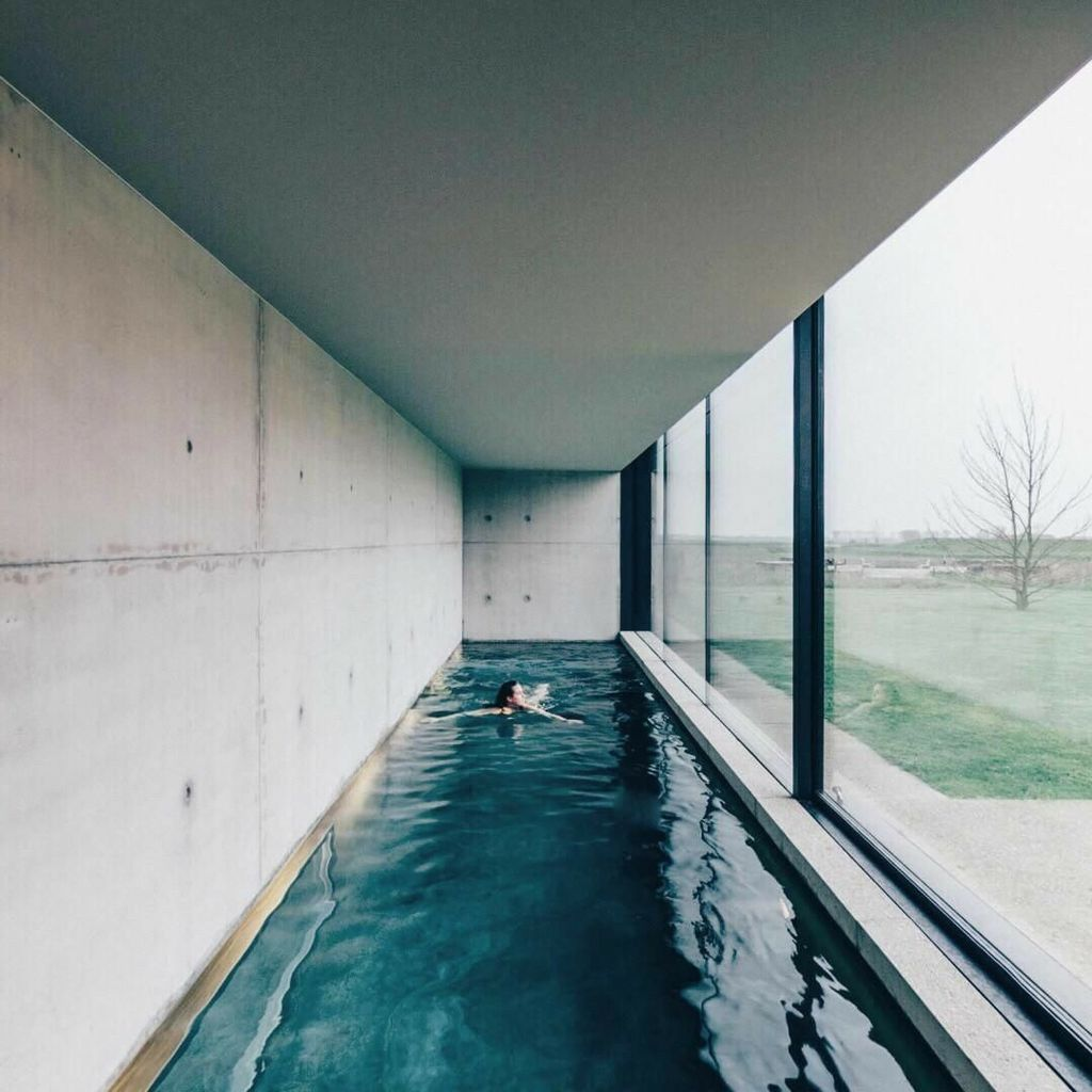 Beautiful Modern Indoor Pool Design Ideas You Must Have 29