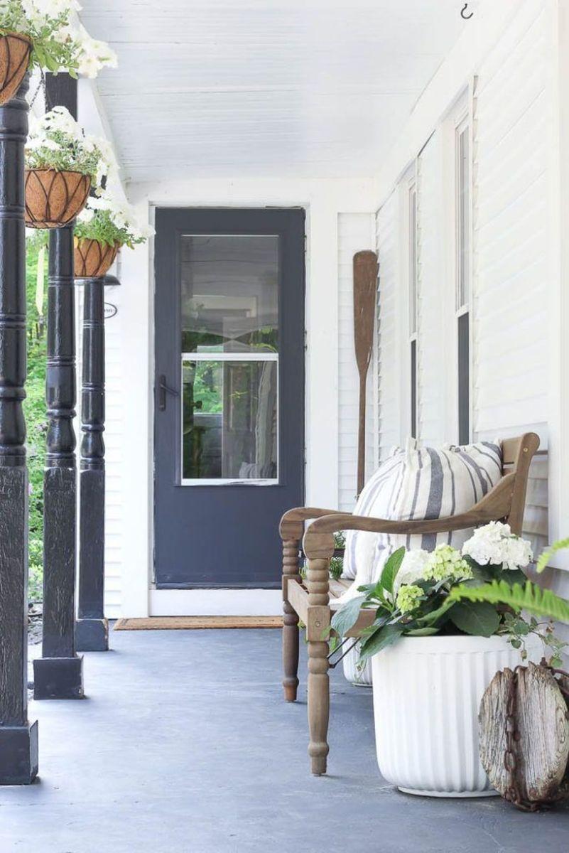 Beautiful Summer Planters Ideas For Front Door Decor 13