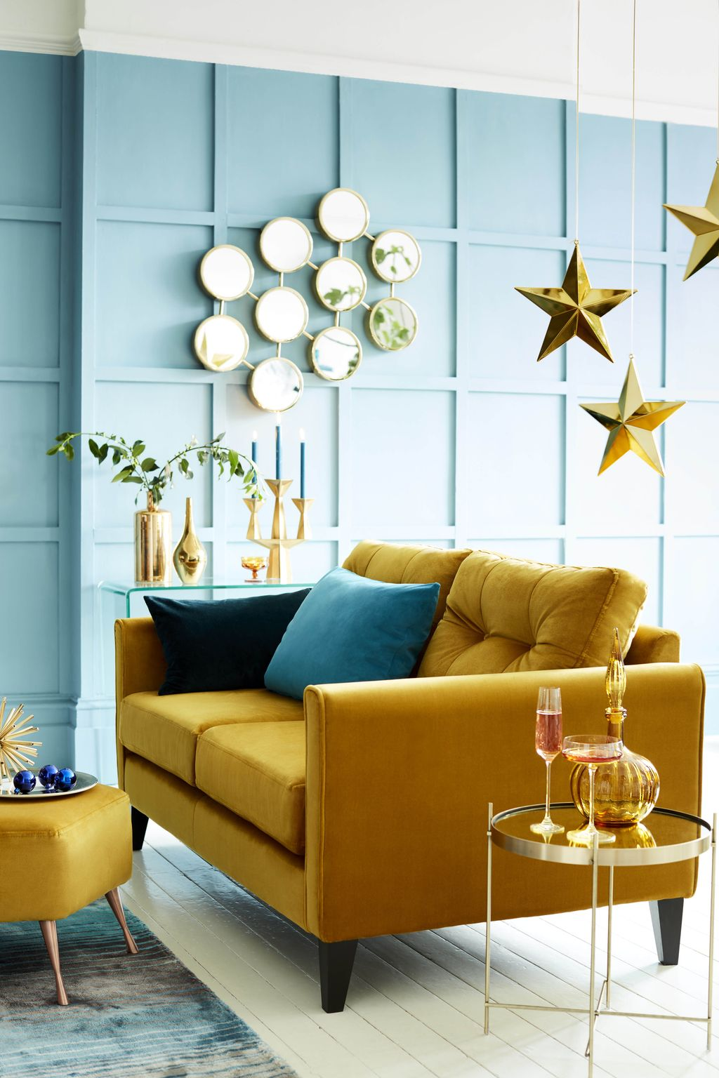 Charming Yellow Interior Design Ideas Best For Summer 16