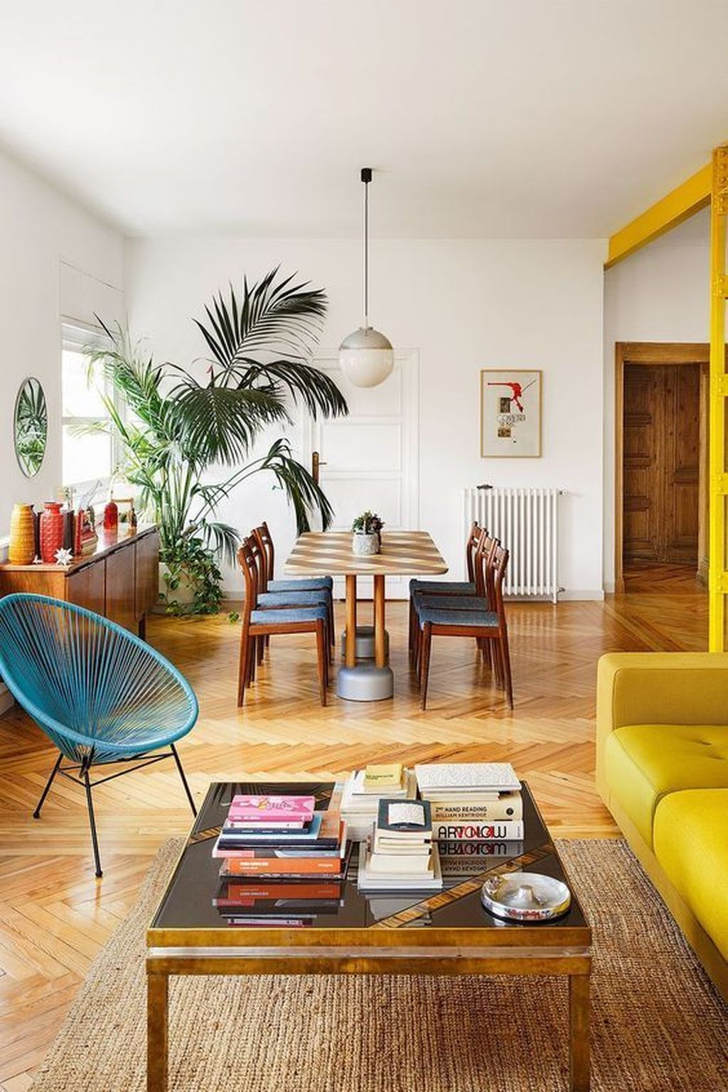 Charming Yellow Interior Design Ideas Best For Summer 19