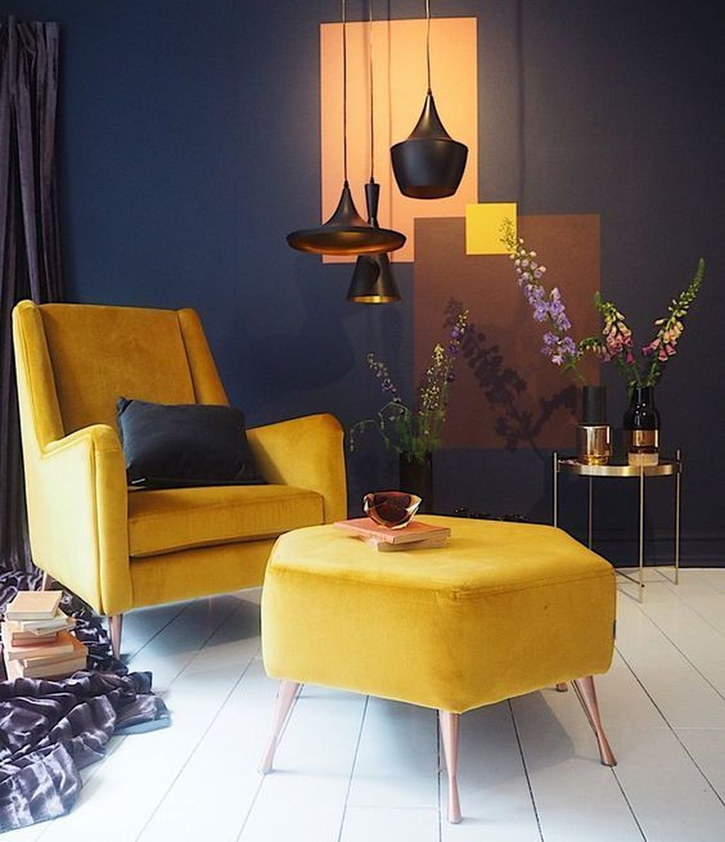 Charming Yellow Interior Design Ideas Best For Summer 28