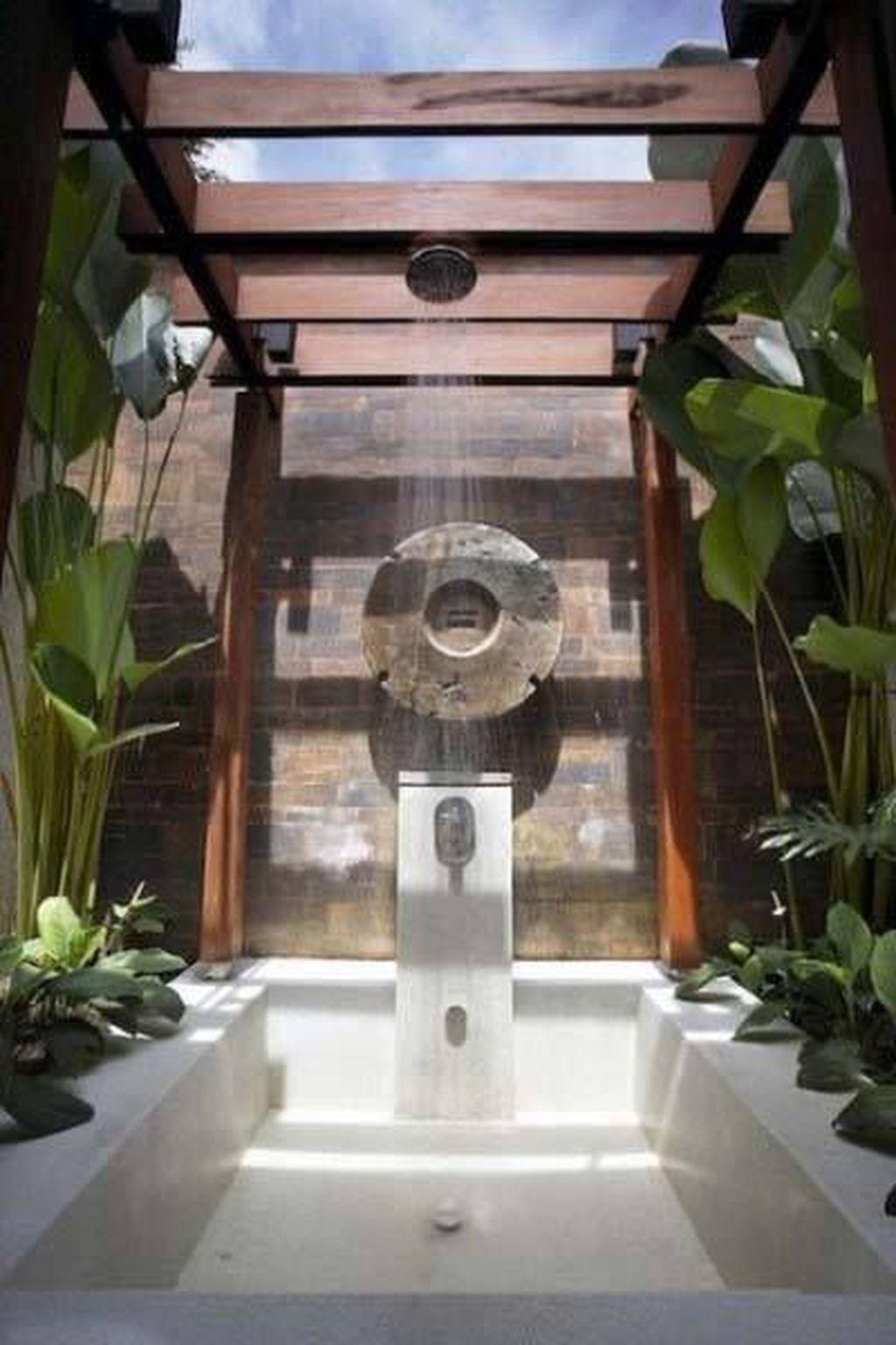 Creative Outdoor Bathroom Design Ideas For Enjoying Summer 18