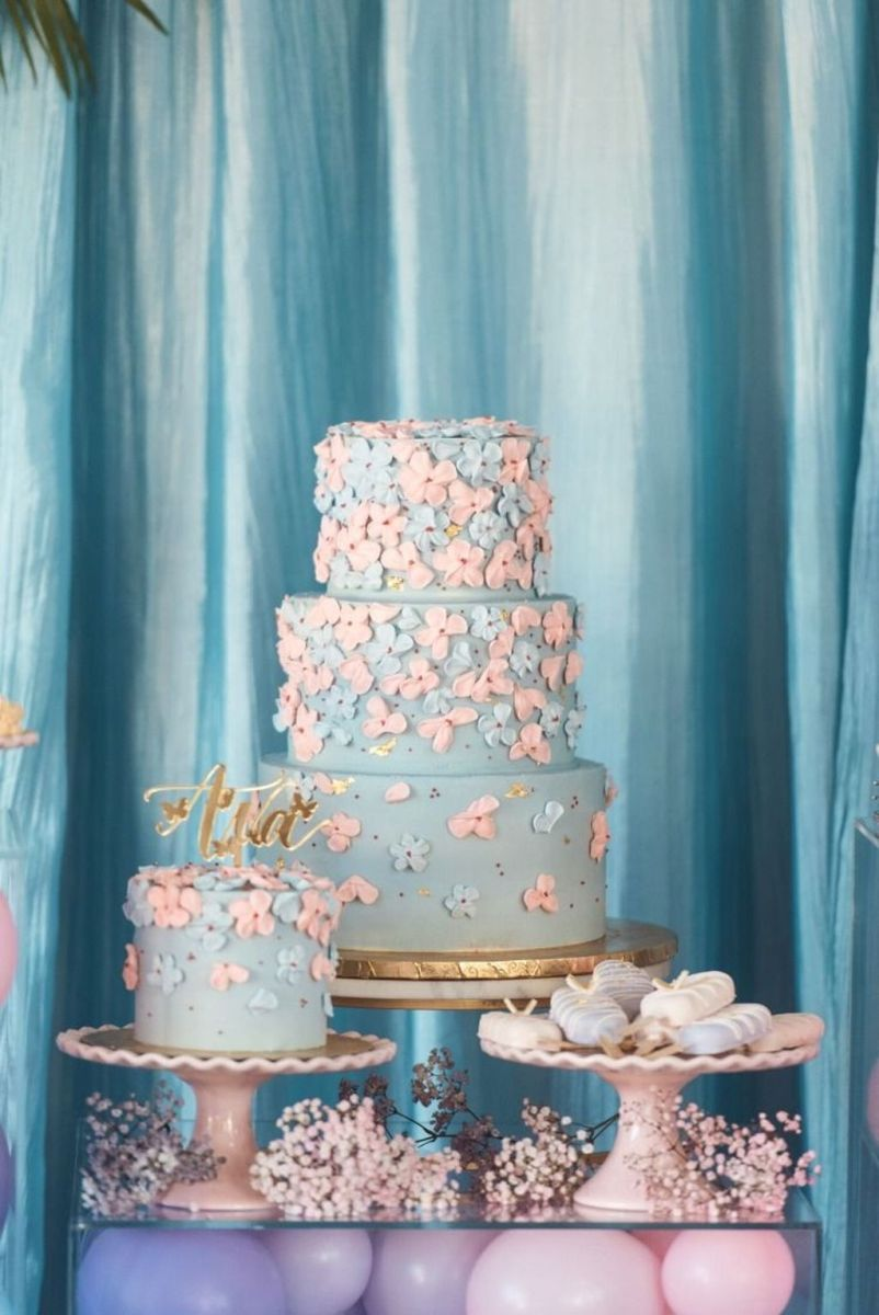Fabulous Floral Theme Party Decor Ideas Best For Summertime 22