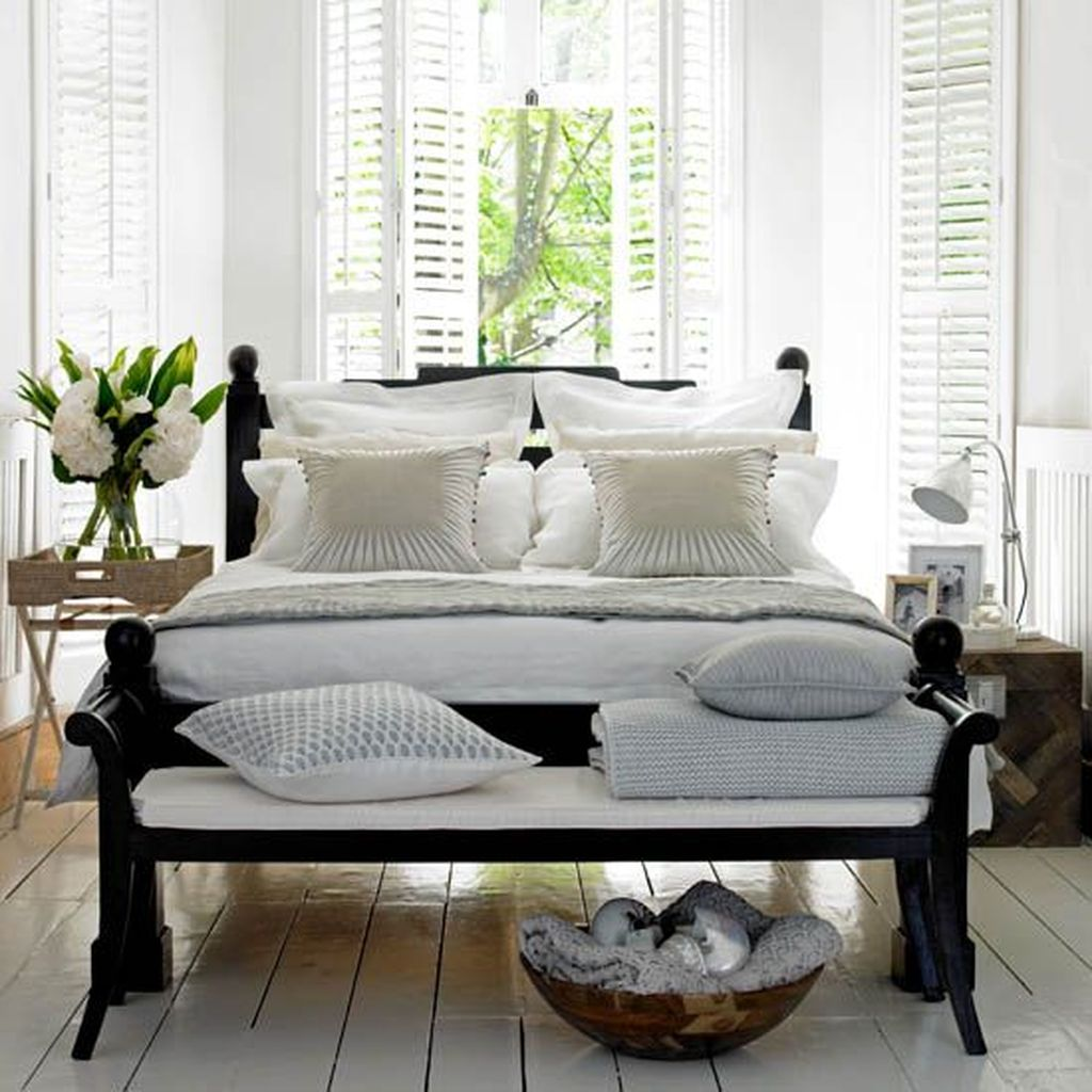 Fascinating Summer Bedroom Decor Ideas 08