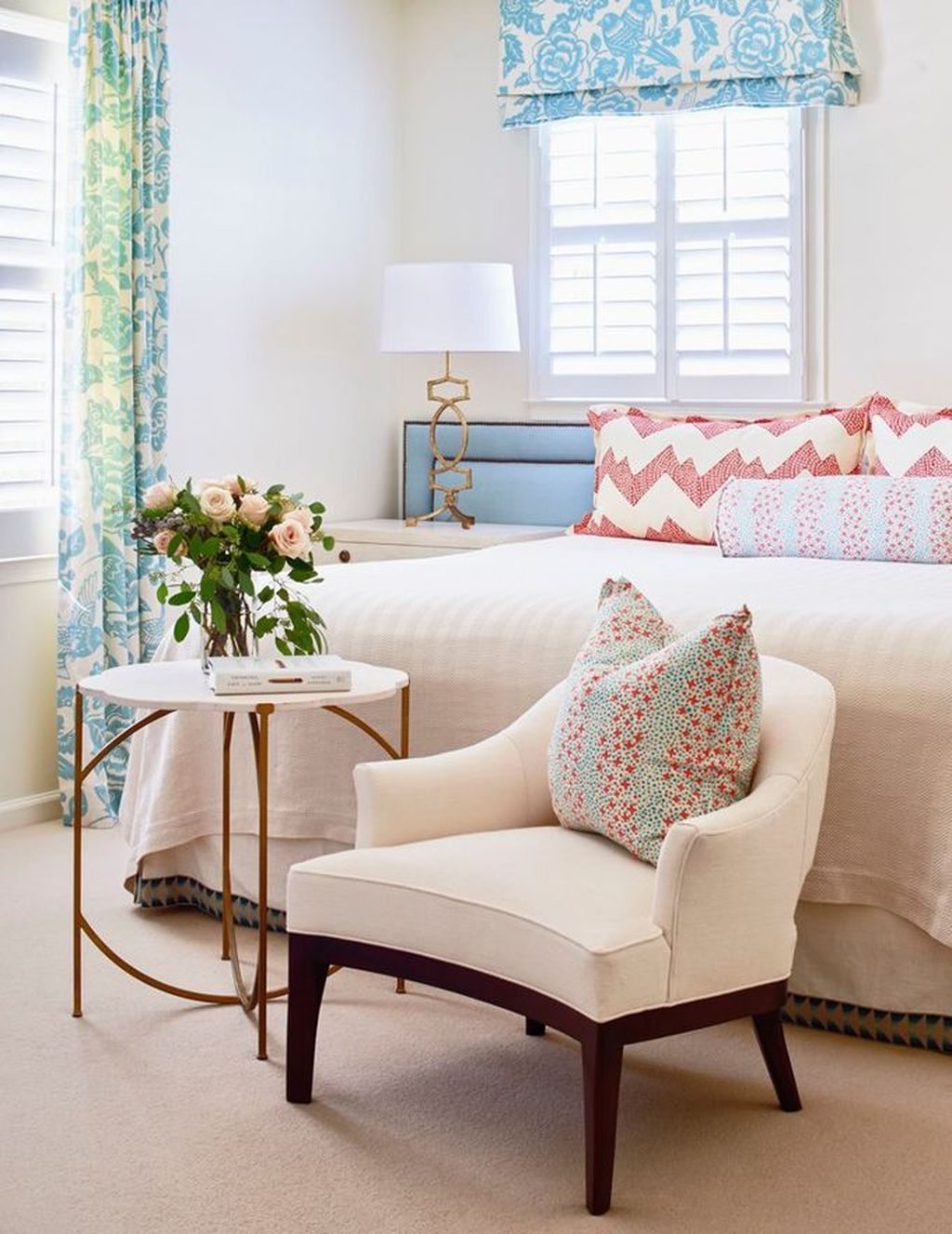 Fascinating Summer Bedroom Decor Ideas 11