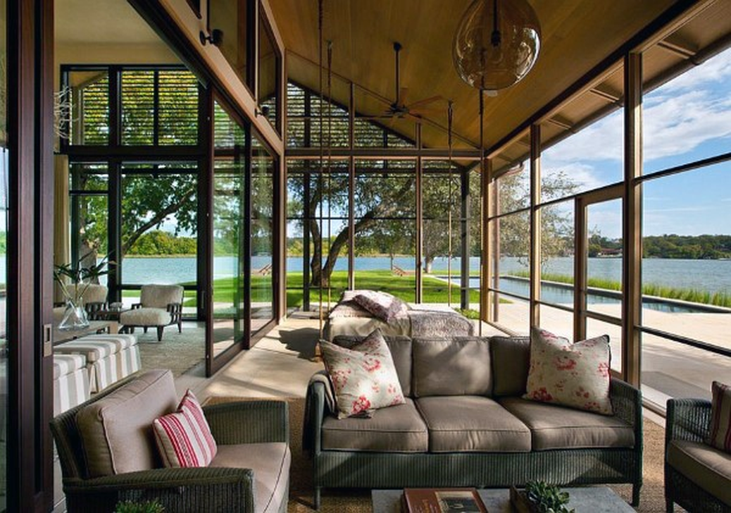 Gorgeous Modern Sunroom Design Ideas To Relax In The Summer 32