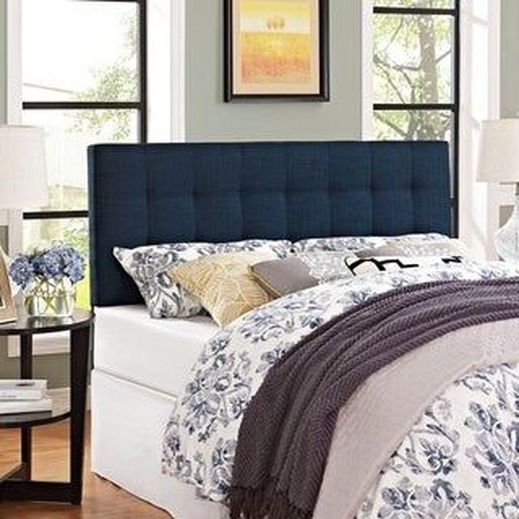 Inspiring Navy Blue Bedroom Decor Ideas You Should Copy 22
