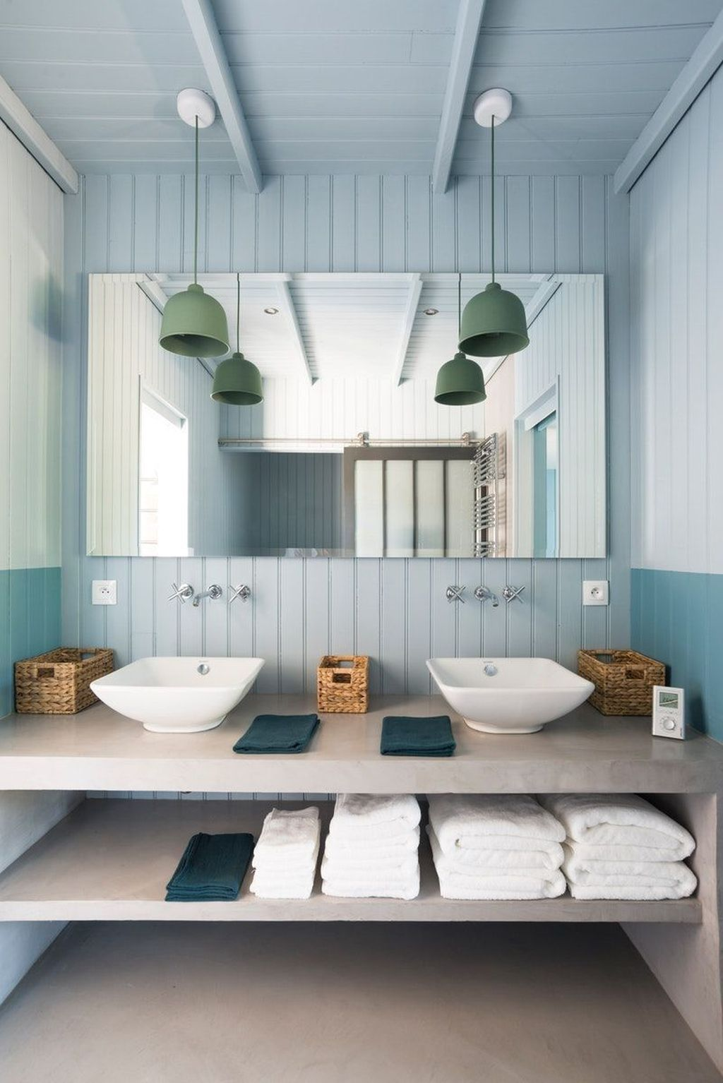 Nice Blue Color Bathroom Decor Ideas 27