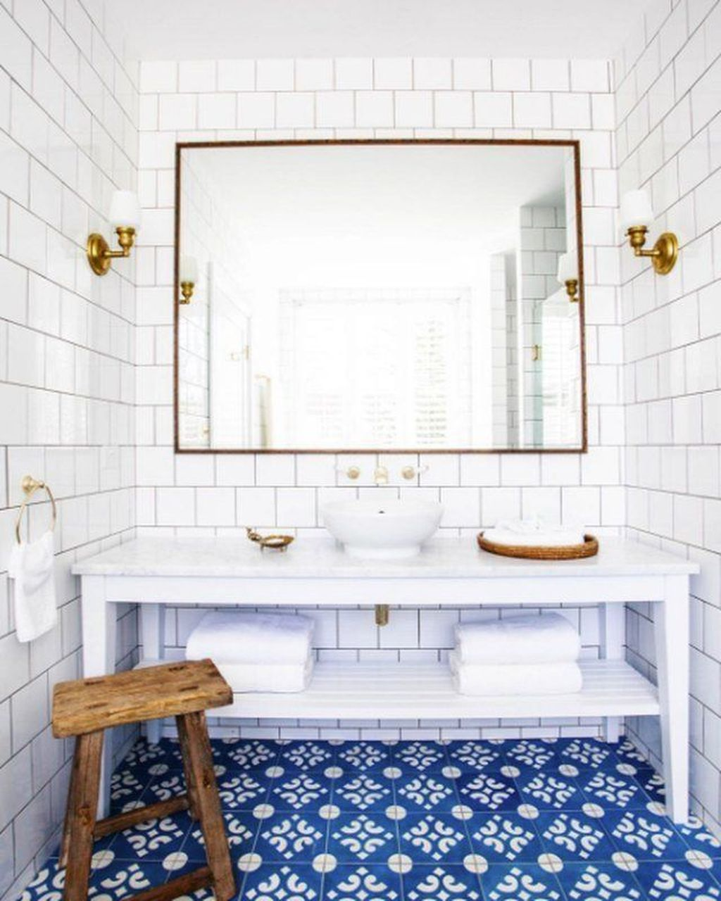 Nice Blue Color Bathroom Decor Ideas 31