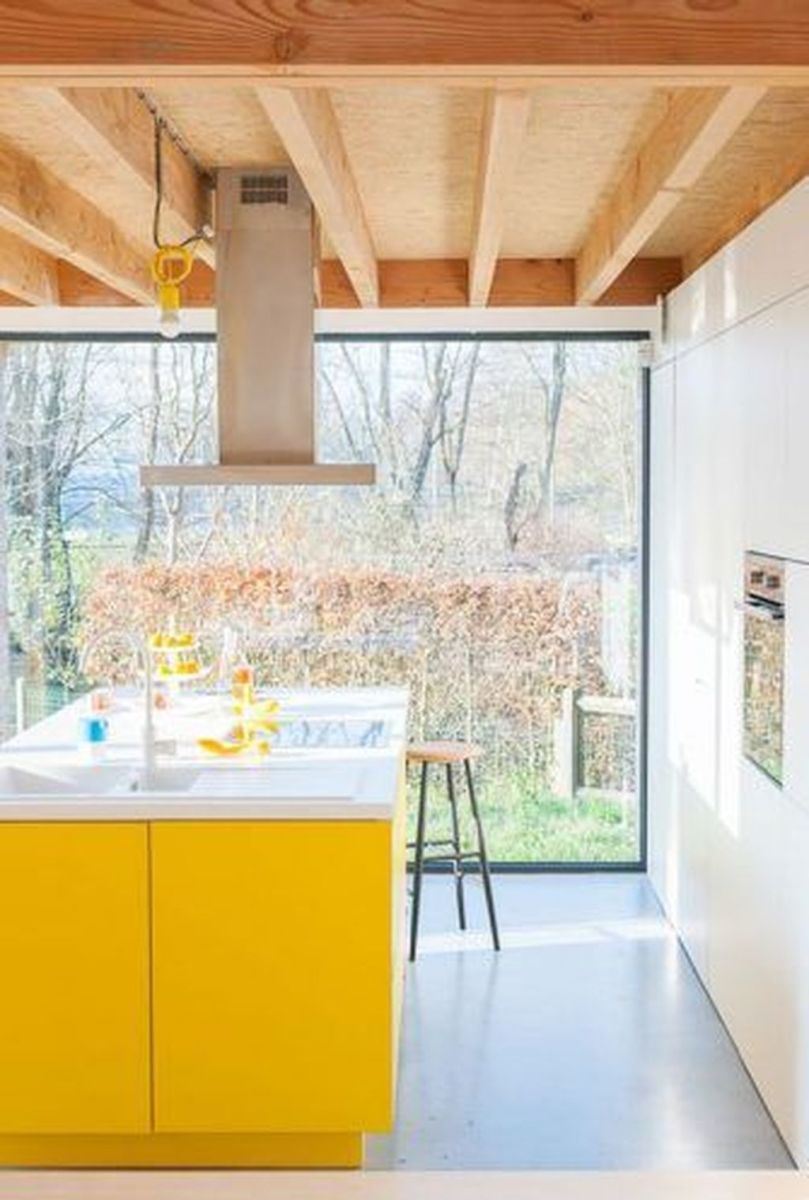 Nice Yellow Kitchen Decor Ideas For This Summer 01