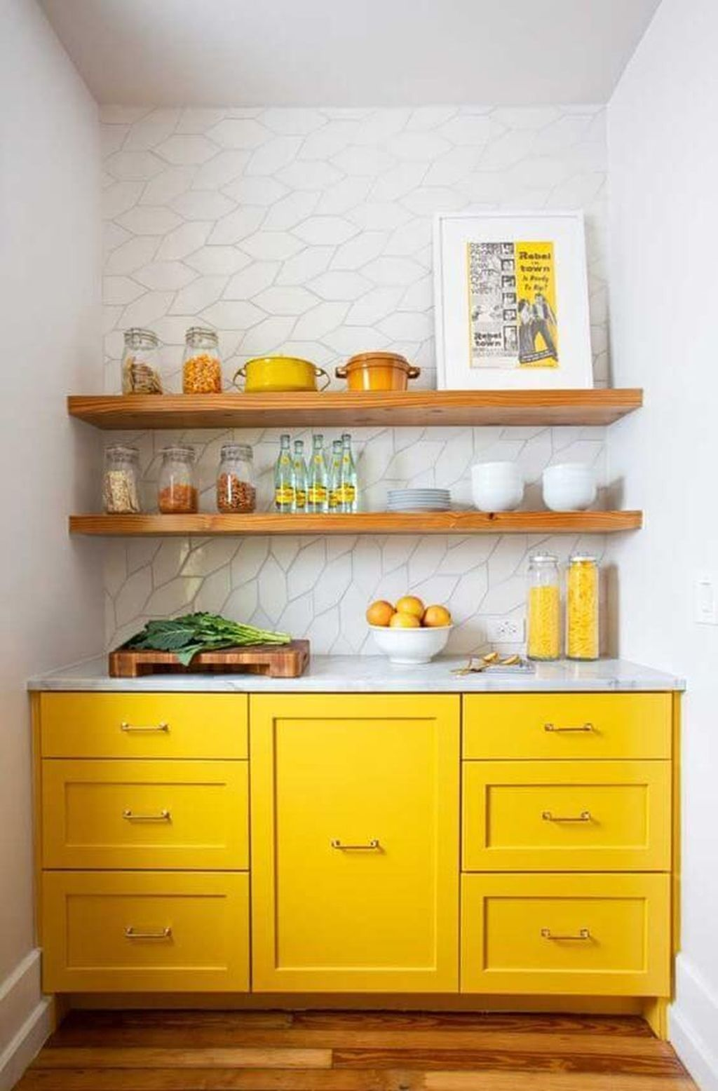 Nice Yellow Kitchen Decor Ideas For This Summer 02