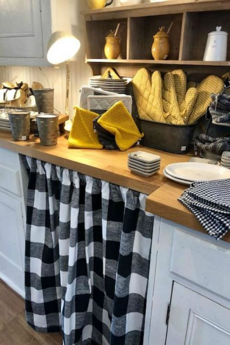 Nice Yellow Kitchen Decor Ideas For This Summer 08