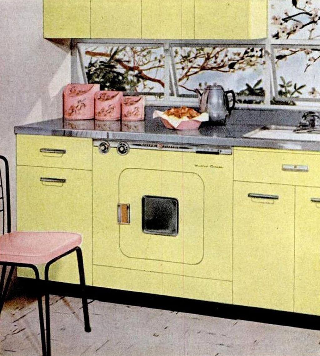 Nice Yellow Kitchen Decor Ideas For This Summer 15