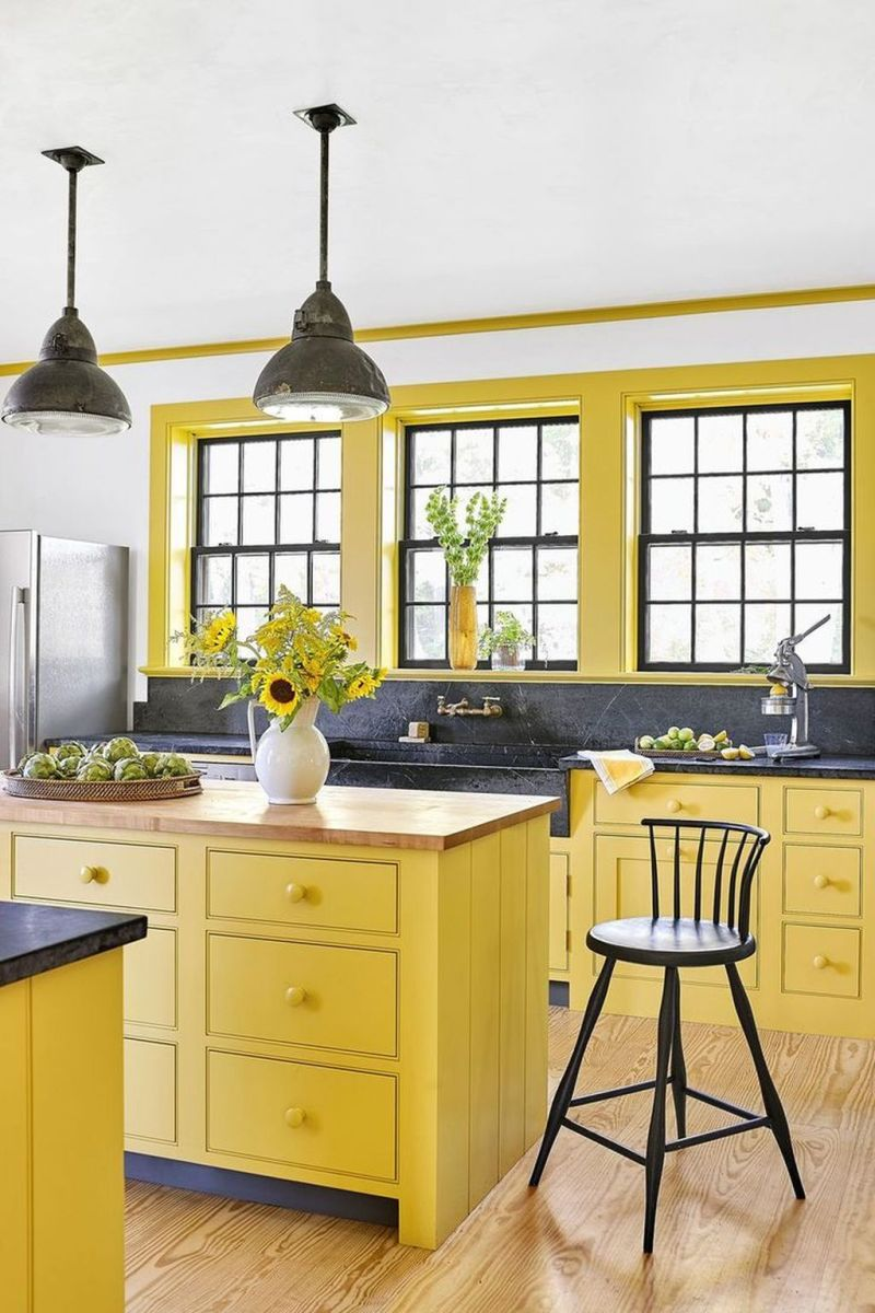 Nice Yellow Kitchen Decor Ideas For This Summer 26