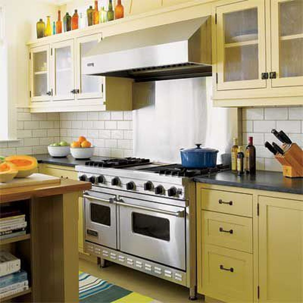 Nice Yellow Kitchen Decor Ideas For This Summer 29