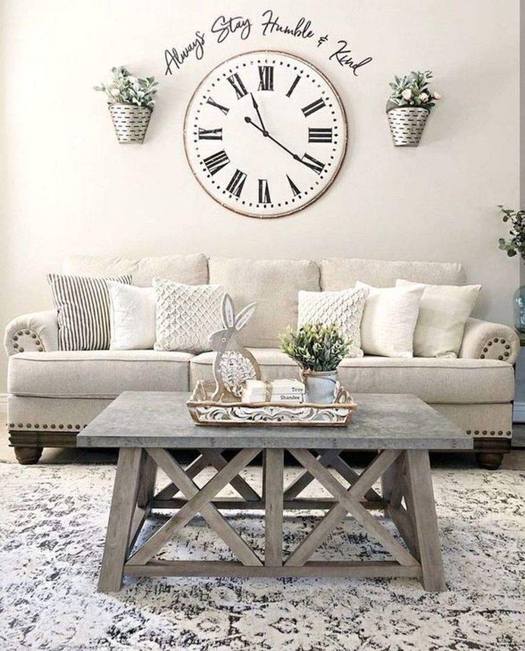 Popular Spring Living Room Decor Ideas 14