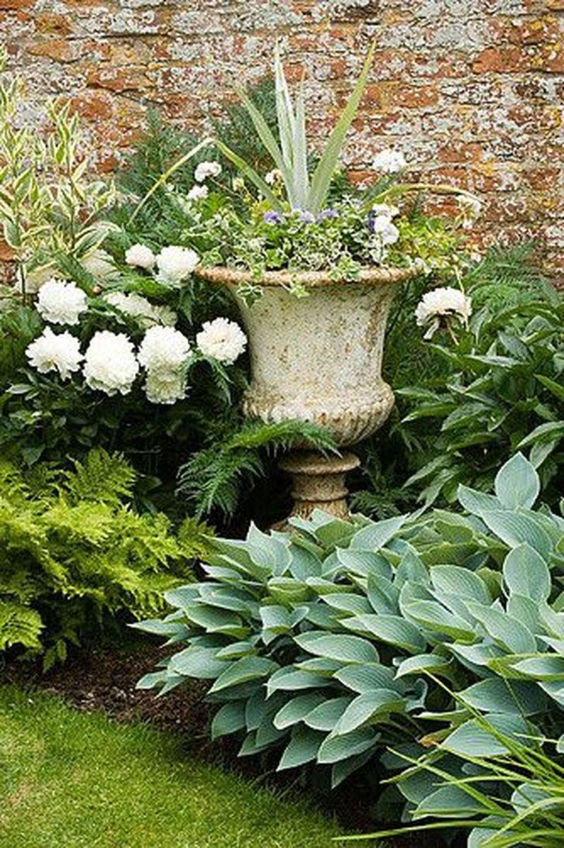 Stunning Backyard Flower Garden Ideas You Should Copy Now 20