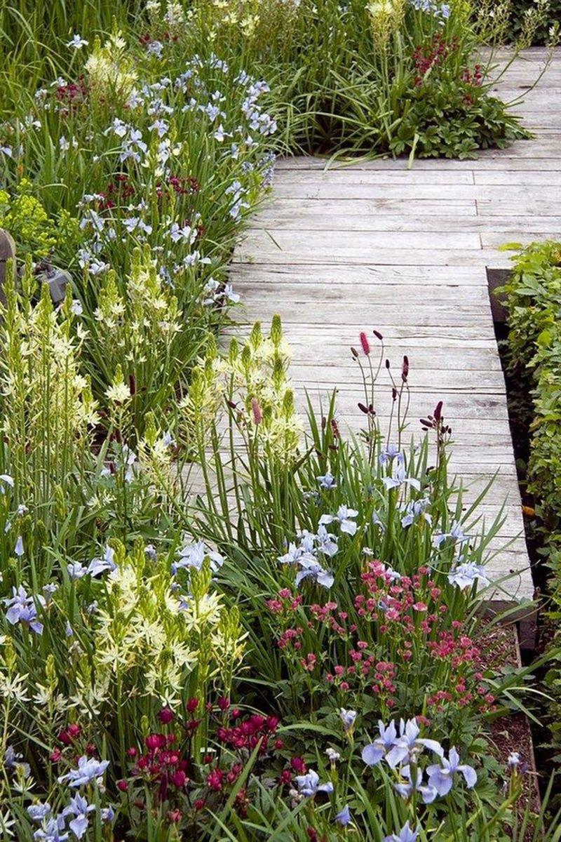 Stunning Backyard Flower Garden Ideas You Should Copy Now 31