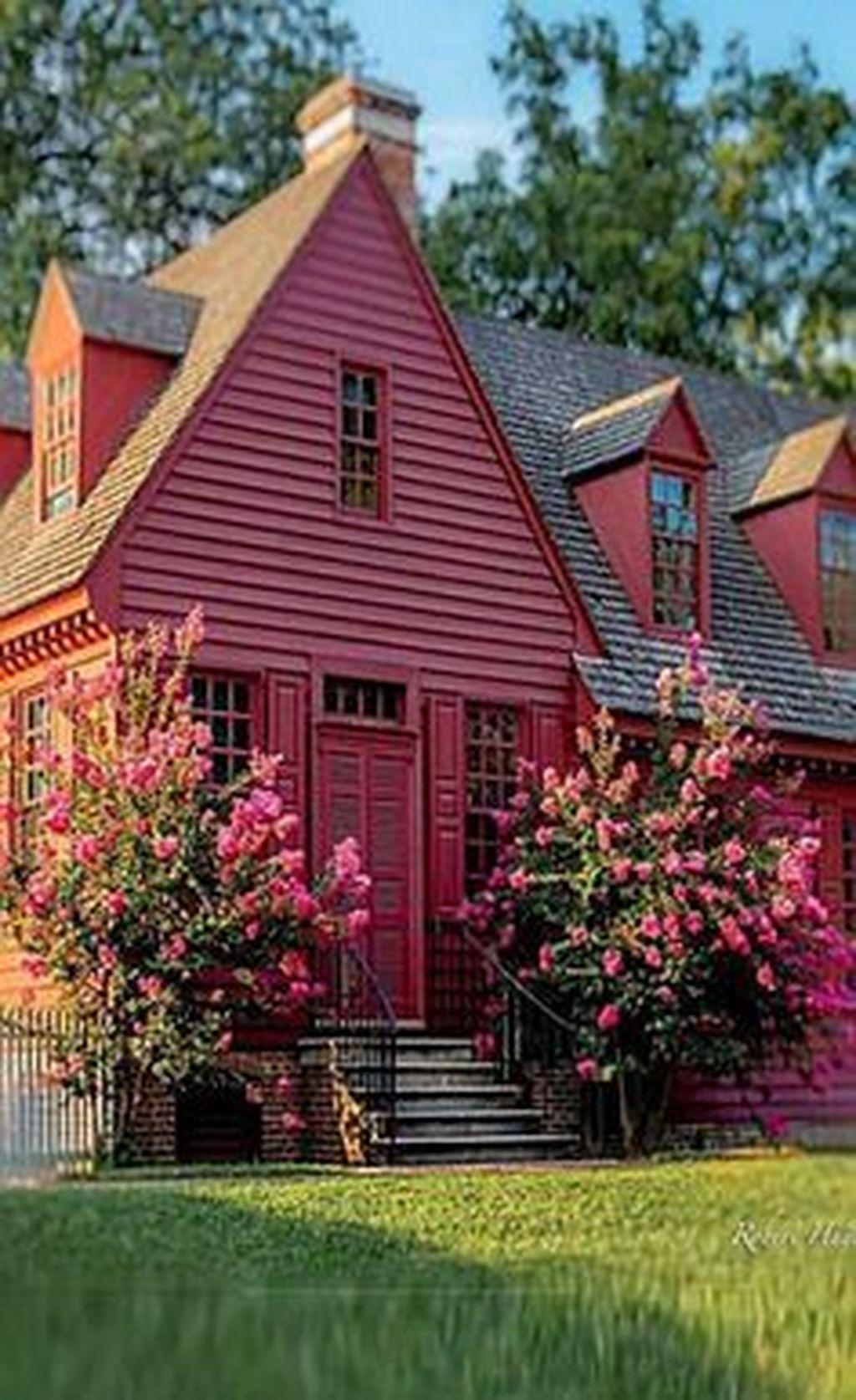 Stunning Summer House Colors Exterior Ideas 10