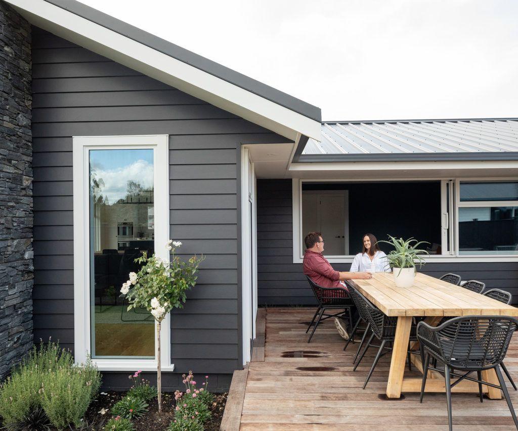 Stunning Summer House Colors Exterior Ideas 25