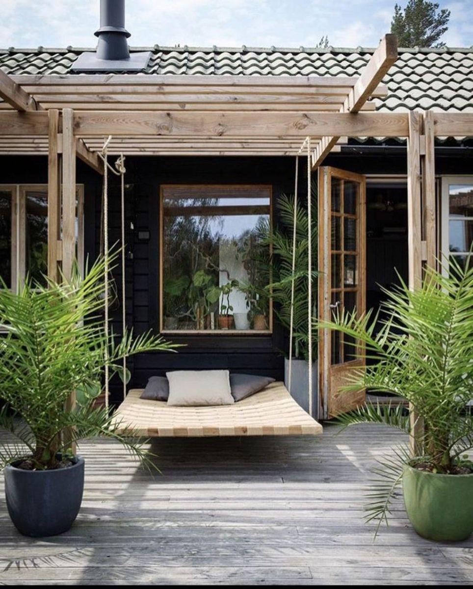 Stunning Summer House Colors Exterior Ideas 26