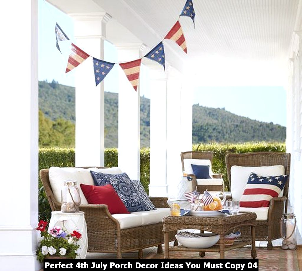 Perfect 4th July Porch Decor Ideas You Must Copy 04