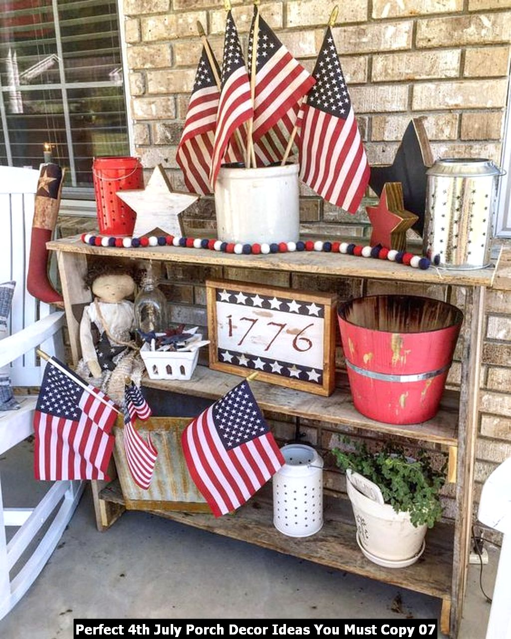 Perfect 4th July Porch Decor Ideas You Must Copy 07