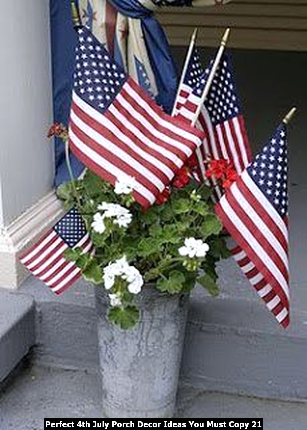 Perfect 4th July Porch Decor Ideas You Must Copy 21