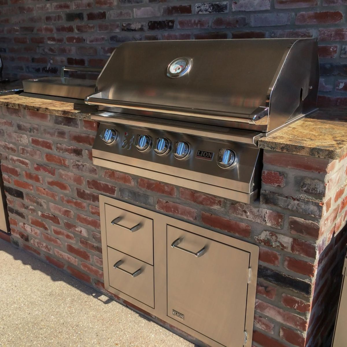 Outdoor Natural Gas Grill