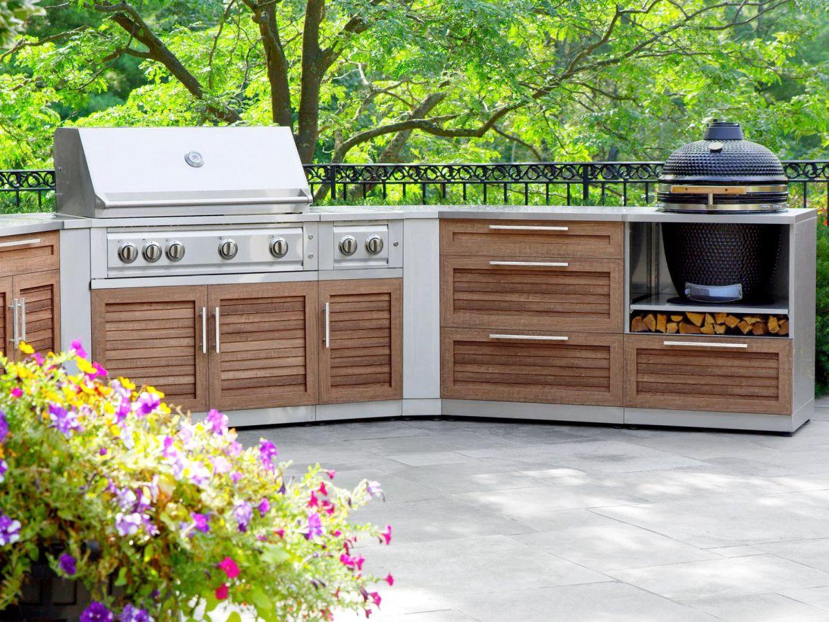 New Age Outdoor Kitchen