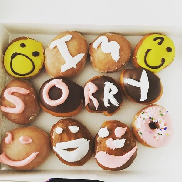cake with sorry messages for girlfriend