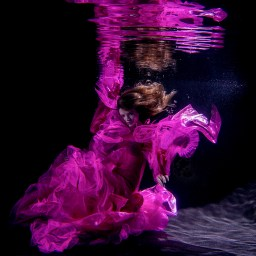 Unterwassershooting in der Roland Matthes Schwimmhalle