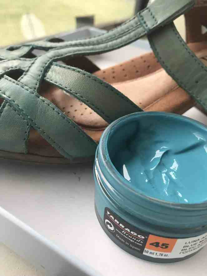 Changing Shoe Color with Polish