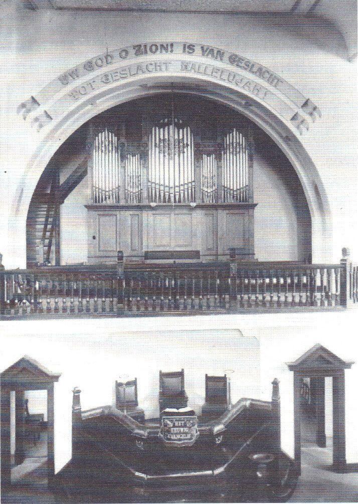 preekstoel en orrel 1911