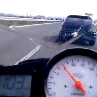 Video: Superbike Gets A Surprise Whilst Trying To Overtake An Opel Astra Turbo