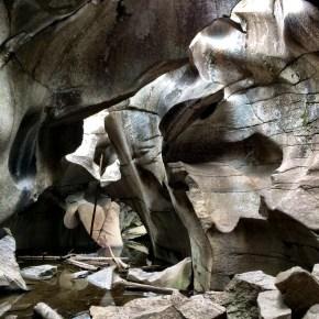 Aspen Grottos Hike